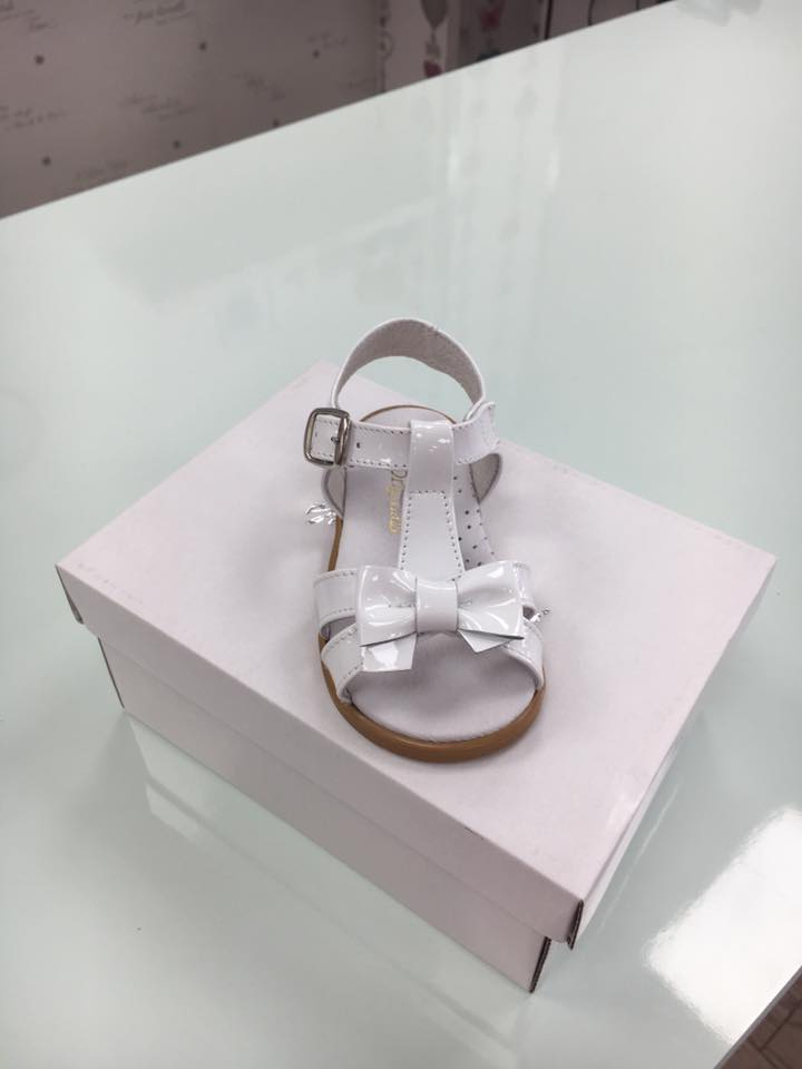White Pretty originals sandals front view - Little-Boppers